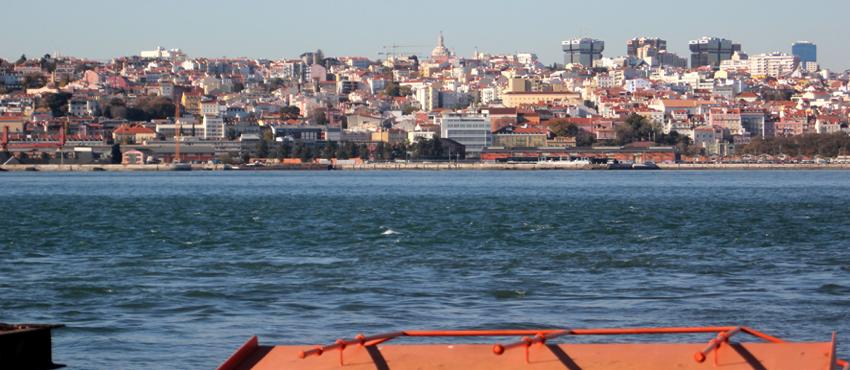 Fähre Cacilhas Lissabon Cais do Sodré