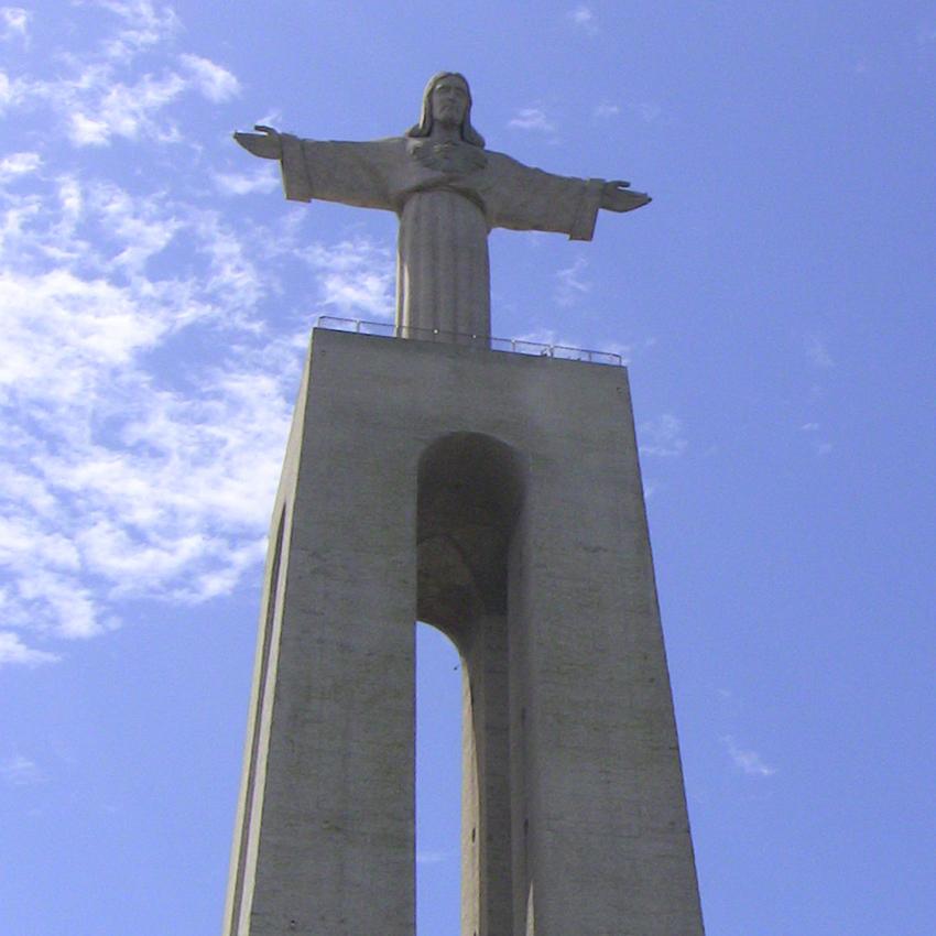 Sehenswürdigkeit Christo Rei Statue Jesus Fähre