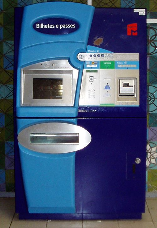 Fahrkartenautomat - Nahverkehr in Lissabon