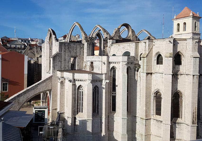 Sehenswürdigkeit Igreja do Carmo