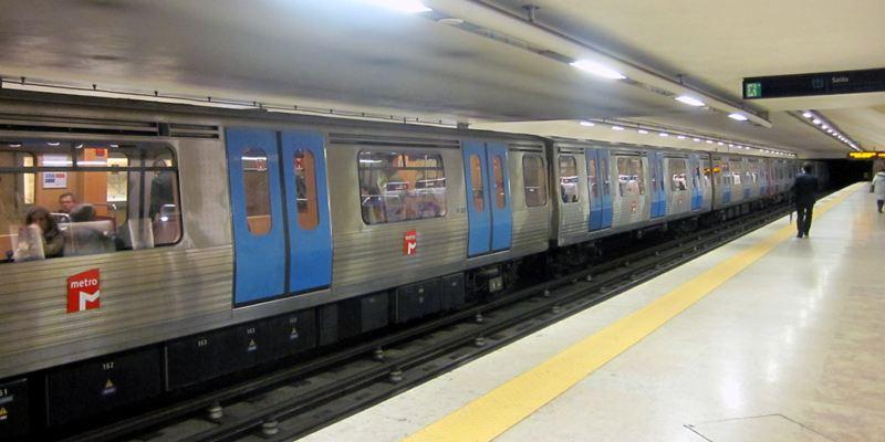 Flughafen Lissabon Transfer Metro U-Bahn